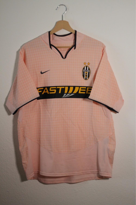 Juventus 2003/04 Away