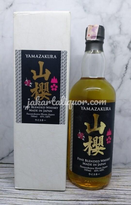 Yamazakura Blended Whisky 700ML
