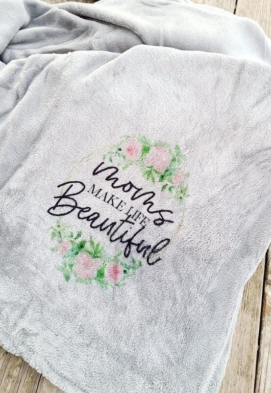 Plush Throw  Moms make life Beautiful