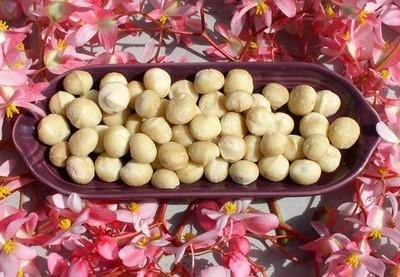 8oz Macadamia Nuts