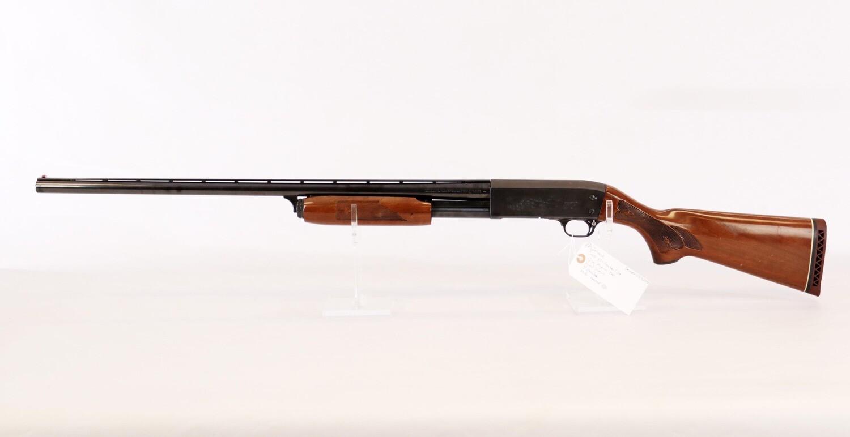 48 Ithaca mod 37 Featherlight 12 ga Magnum cal pump shotgun 3� chamber mod vented BBL ser# MAG-371763278