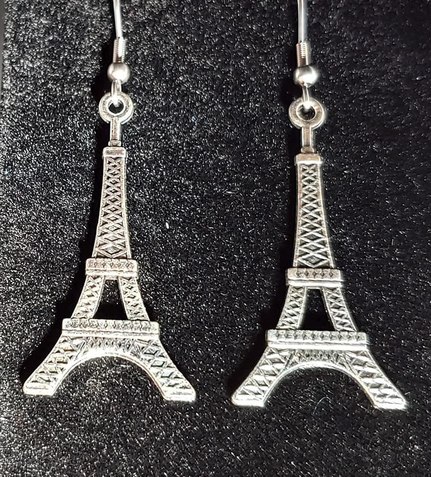 Eiffel Tower Plain Earrings