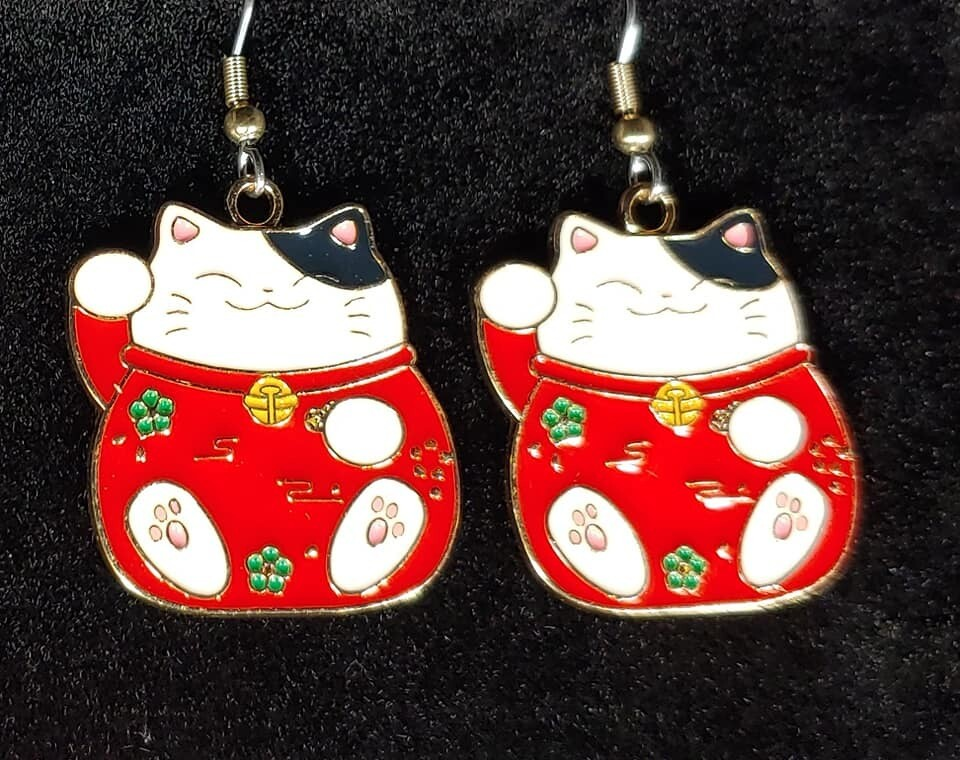 Black Lucky  Cat Earrings