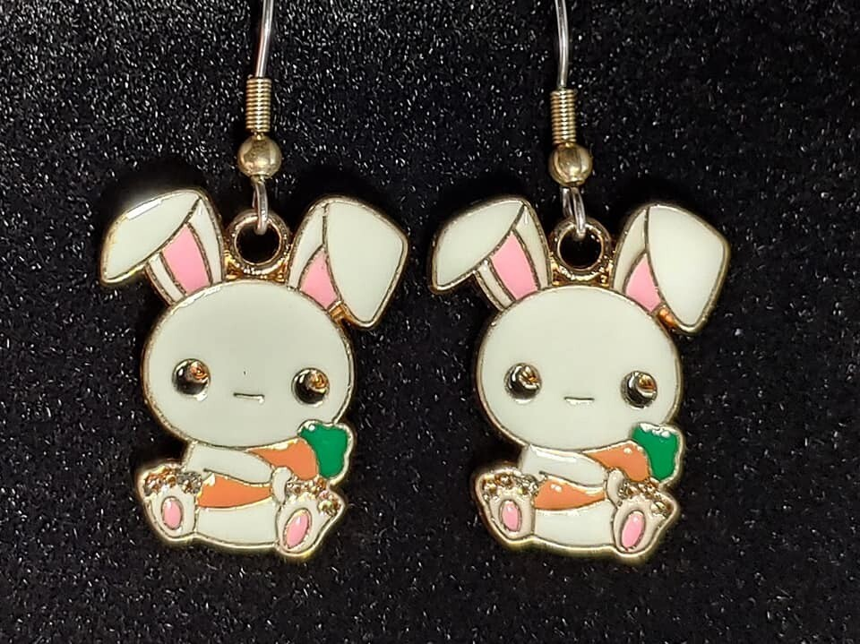 Bunny with Carrot Earrings