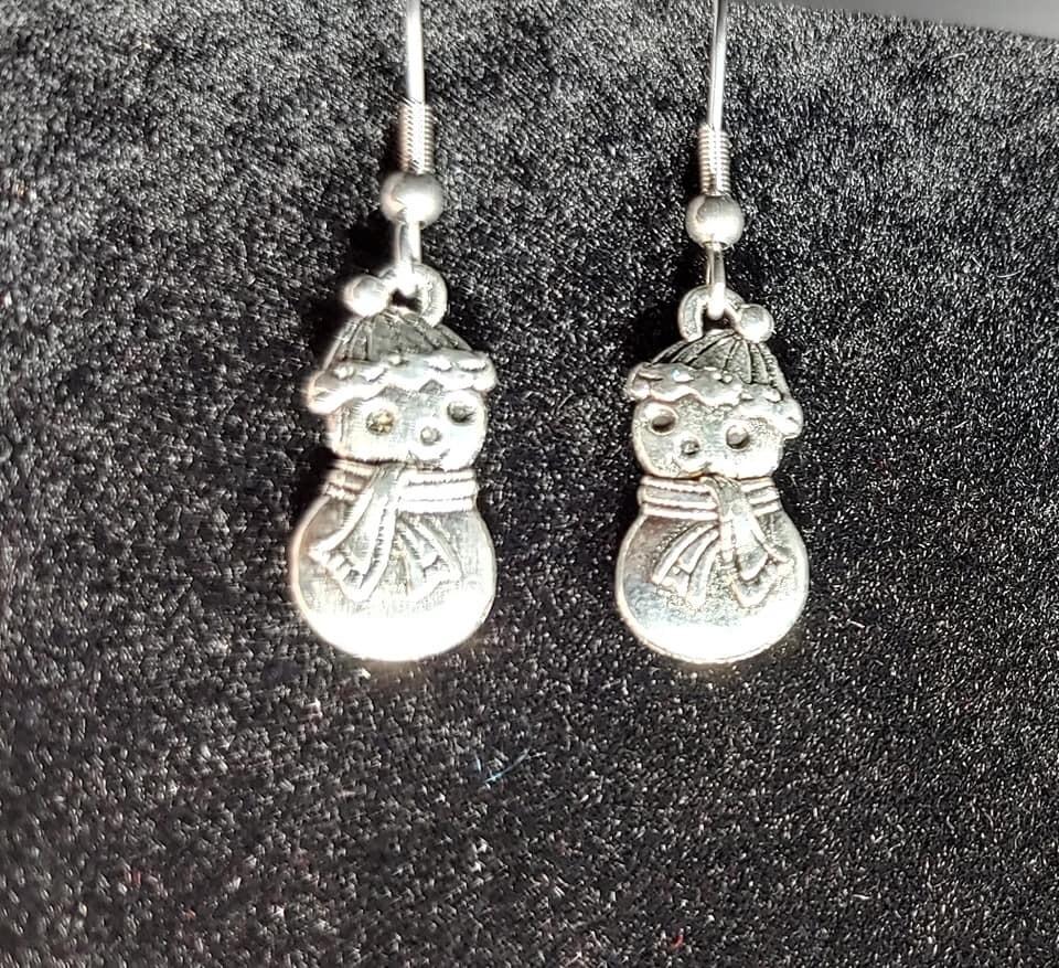 Cute Little Snowman Earrings