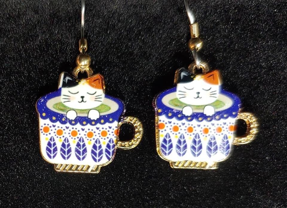 Kitten In Teacup earrings