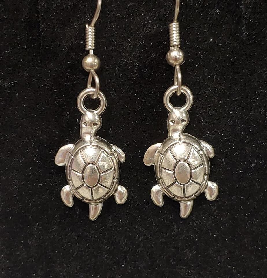 Turtle Earrings Raised Shell
