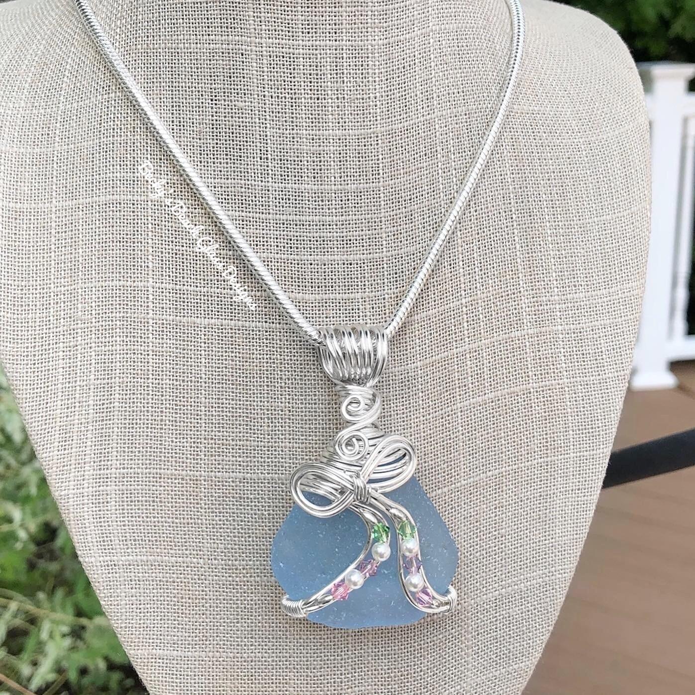 "Sky Blue ""Bows & Streamers"" Sea Glass Necklace"