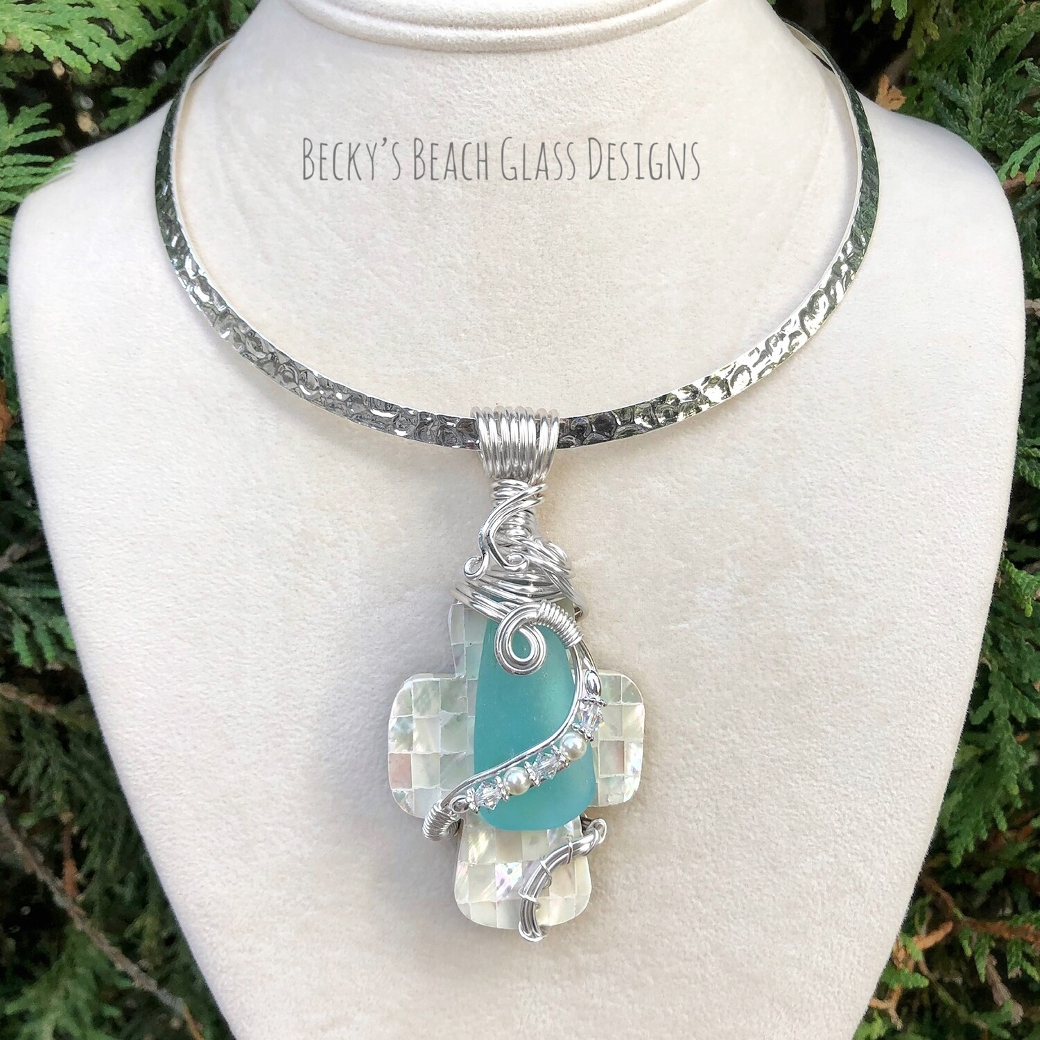Sea Glass & Mother-of-pearl Mosaic Shell Necklace