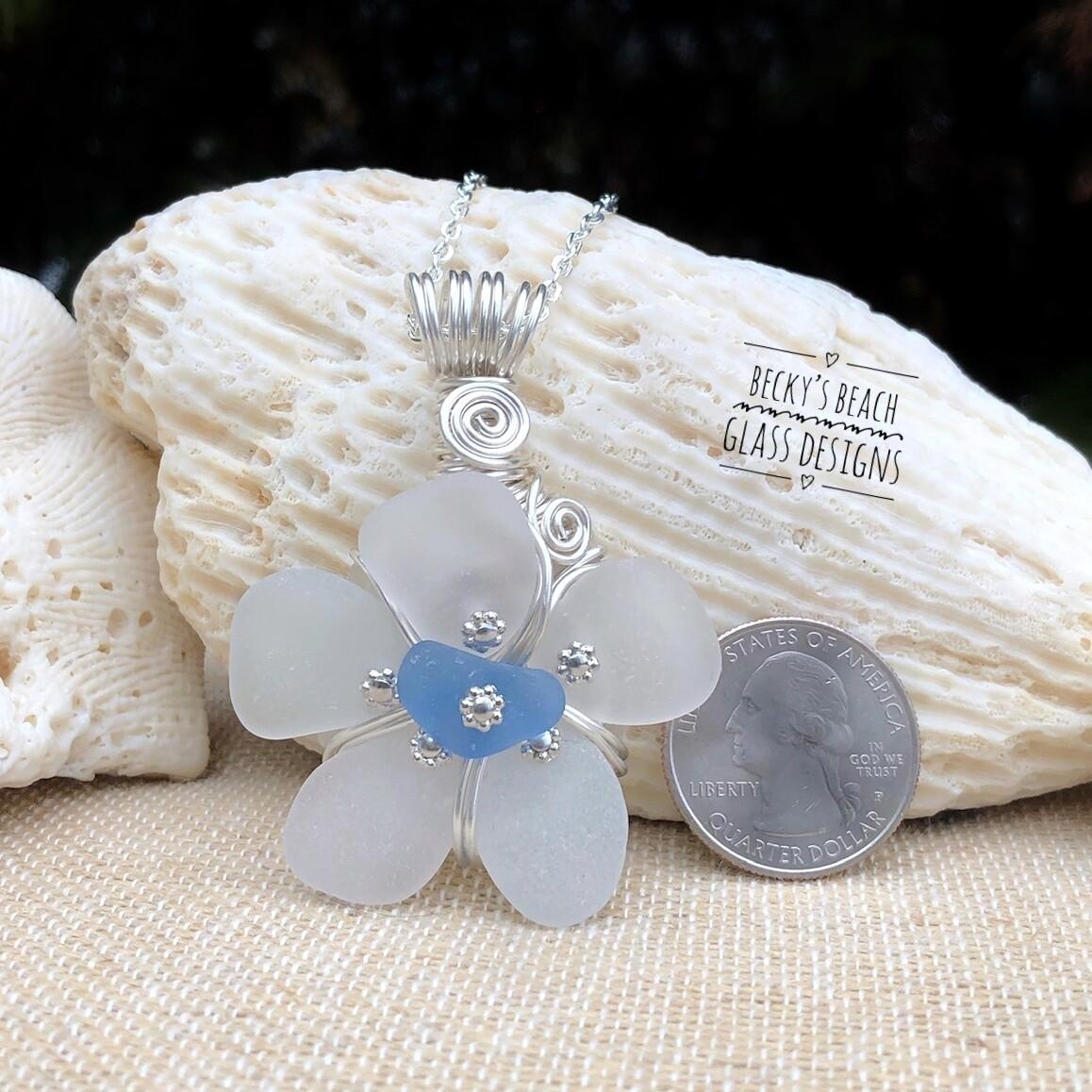 White w/Cornflower Blue Center Sea Glass Flower Pendant Necklace