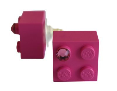 Dark Pink LEGO® brick 2x2 with a Pink SWAROVSKI® crystal on a Silver plated stud/silicone back stopper