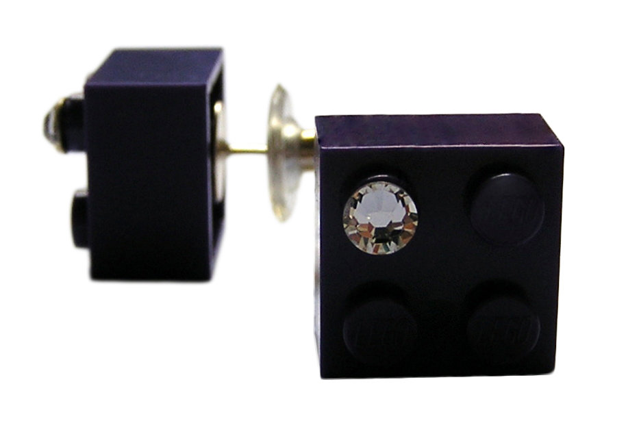Purple LEGO® brick 2x2 with a 'Diamond' color SWAROVSKI® crystal on a Silver plated stud/silicone back stopper