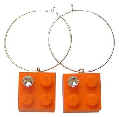 Orange LEGO® brick 2x2 with a 'Diamond' color SWAROVSKI® crystal on a Silver plated hoop