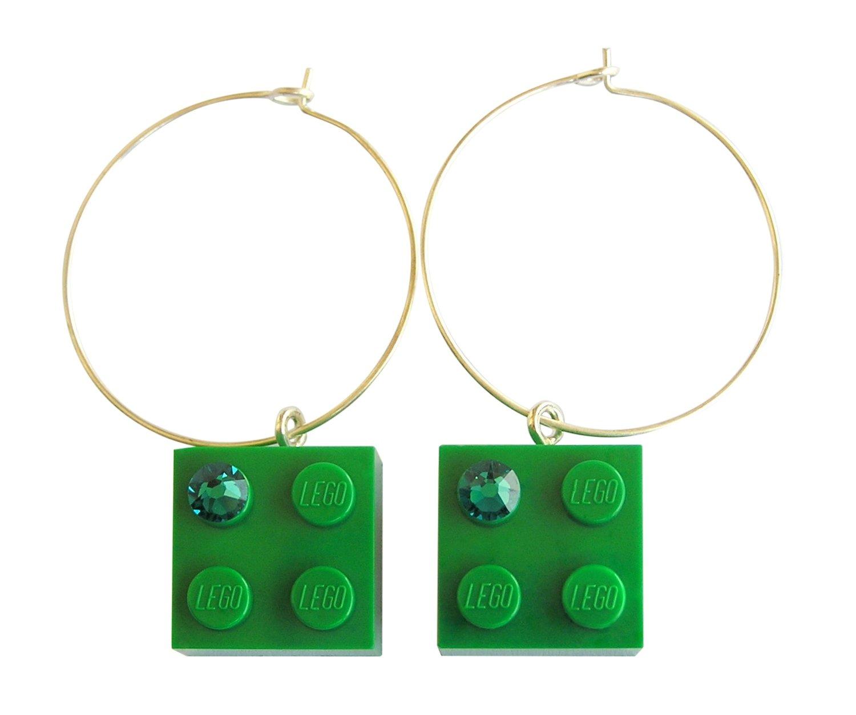 Dark Green LEGO® brick 2x2 with a Green SWAROVSKI® crystal on a Silver plated hoop