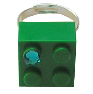 ​Dark Green LEGO® brick 2x2 with a Green SWAROVSKI® crystal on a Silver plated adjustable ring finding ​