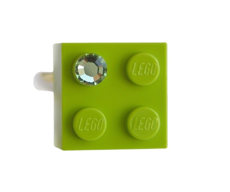 ​Light Green LEGO® brick 2x2 with a Green SWAROVSKI® crystal on a Silver plated adjustable ring finding ​