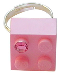 ​Light Pink LEGO® brick 2x2 with a Pink SWAROVSKI® crystal on a Silver plated adjustable ring finding​