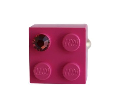 Dark Pink LEGO® brick 2x2 with a Pink SWAROVSKI® crystal on a Silver plated adjustable ring finding