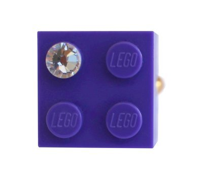 Purple LEGO® brick 2x2 with a 'Diamond' color SWAROVSKI® crystal on a Gold plated adjustable ring finding