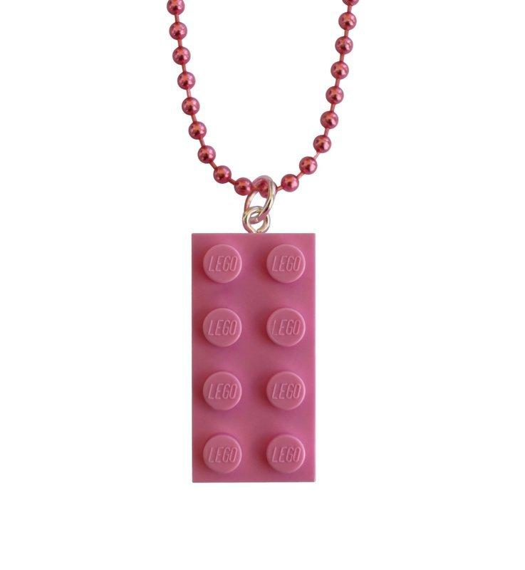 Light Pink LEGO® brick 2x4 on a 24