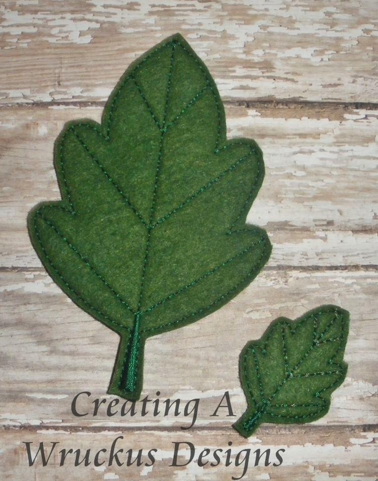 Oak Leaf Feltie - 4x4 Oversized Included