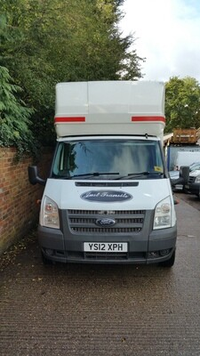 Ford Transit Luton with tail lift 2012