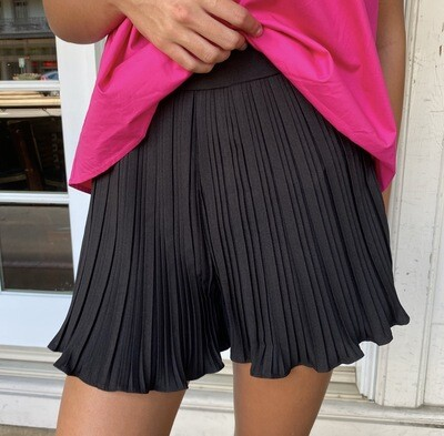 Black Accordion Short