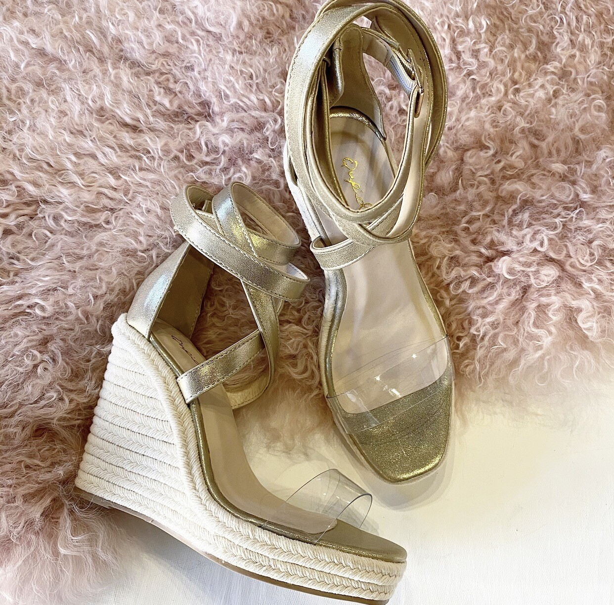 Gold Wrap Wedge
