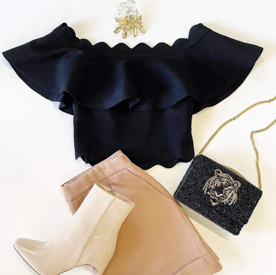 Scalloped Gameday Knit