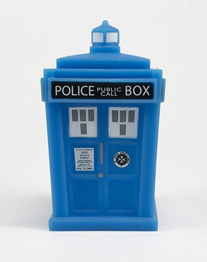 "Titan Merchandise Doctor Who Titans Tardis (Glow in The Dark Version) 4.5"" Vinyl Figure"