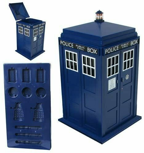 Underground Toys Doctor Who Ice Cube Tray and Tardis-Shaped Ice Bucket