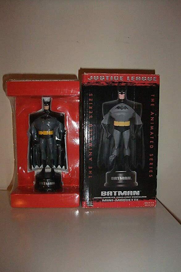 Justice League Batman Mini Maquette Statue