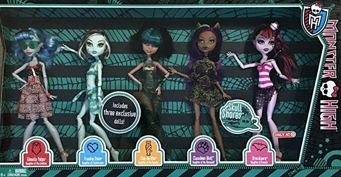 Monster High SKULL SHORES 5 DOLL Set w 3 EXCLUSIVE DOLLS Frankie, Cleo, Clawdeen & Ghoulia & Draculaura TARGET EXCLUSIVE (2012)