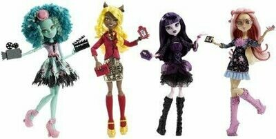 Monster High Frights, Camera, Action! Set of 4 Viperine Gorgon, Elissabat, Clawdia Wolf and Honey Swap! by Mattel