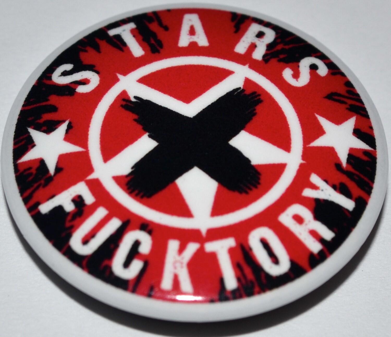 """Значок белый """"STARS FUCKTORY-X"""""""