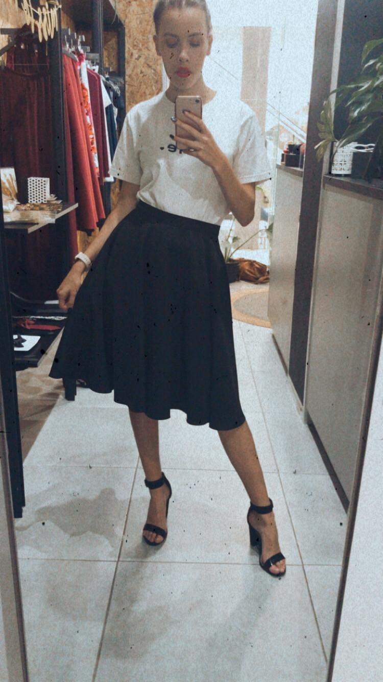 Audrey Short Black size 34