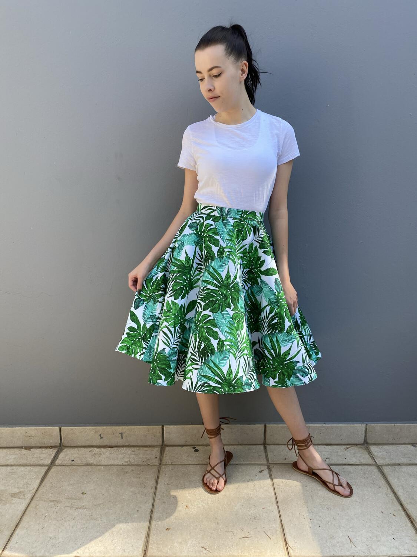 Green Leaf Short Audrey