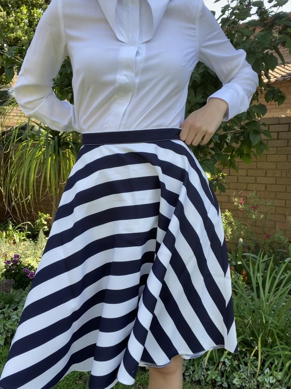 Stripe Short Audrey