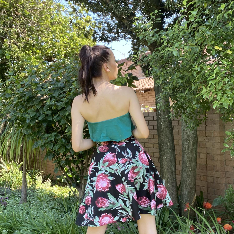 Audrey Protea Mini Skirt size 32