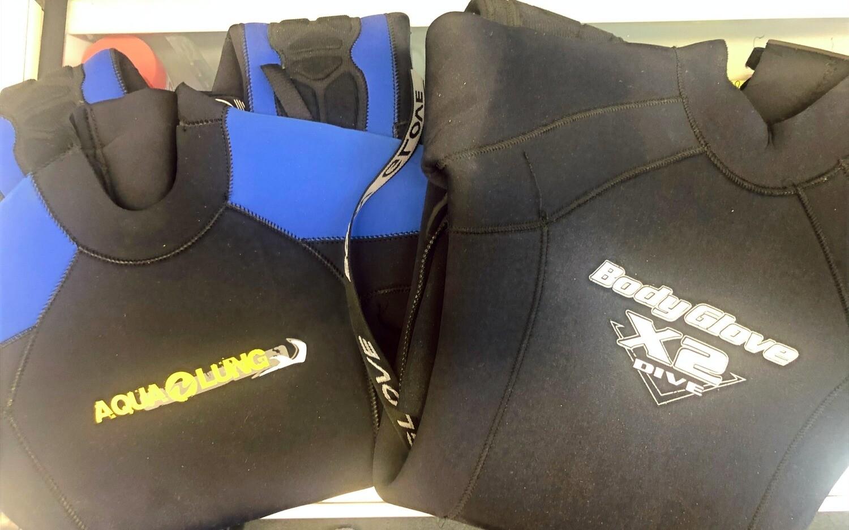 USED: Junior Wetsuits