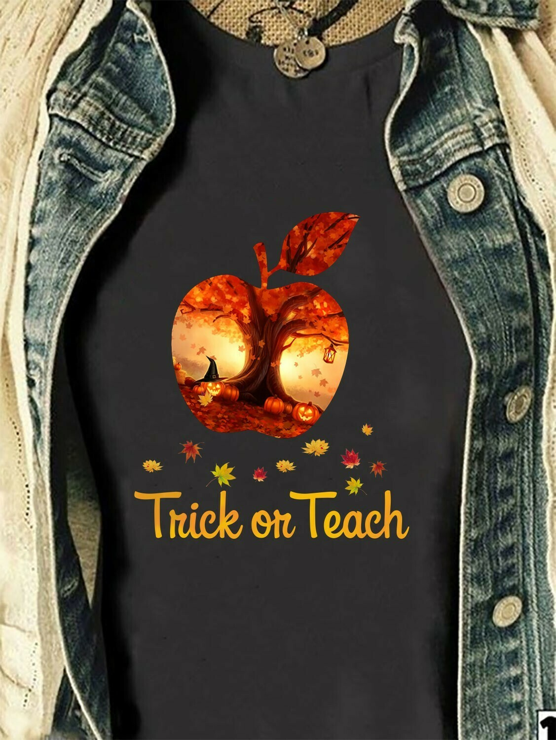 Trich Or Teach Halloween Book Skull Witch Halloween Costume Clothing Gift T-Shirt Long Sleeve Sweatshirt Hoodie Jolly Family Gifts