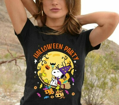 Snoopy Halloween Party, Snoopy Witch And Peanuts Trick Or Treat Halloween Costume Gifts for Best Friend Family Vacation Gifts T-Shirt Long Sleeve Sweatshirt Hoodie Jolly Family Gifts