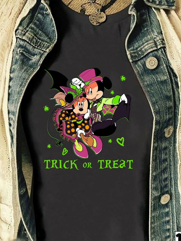Mickey Minnie Trick Or Treat Disney Halloween I'm going to Walt Disney Vacation Family Let's Go to Disney World Disneyland Park T Shirt Long Sleeve Sweatshirt Hoodie Jolly Family Gifts