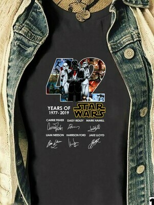 42 Years Of Star Wars 1977 2020 Films Signature Thank You For The Memories Awesome Gift for Star War Fans Action Movies Lovers T Shirt Long Sleeve Sweatshirt Hoodie Jolly Family Gifts