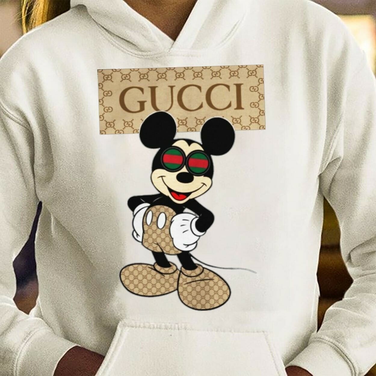 Logo Gucci,Gucci Shirt,Gucci T-shirt,Gucci Logo,Gucci Fashion shirt,Fashion shirt,Gucci Design shirt,Snake Gucci vintage shirt Long Sleeve Sweatshirt Hoodie Jolly Family Gifts