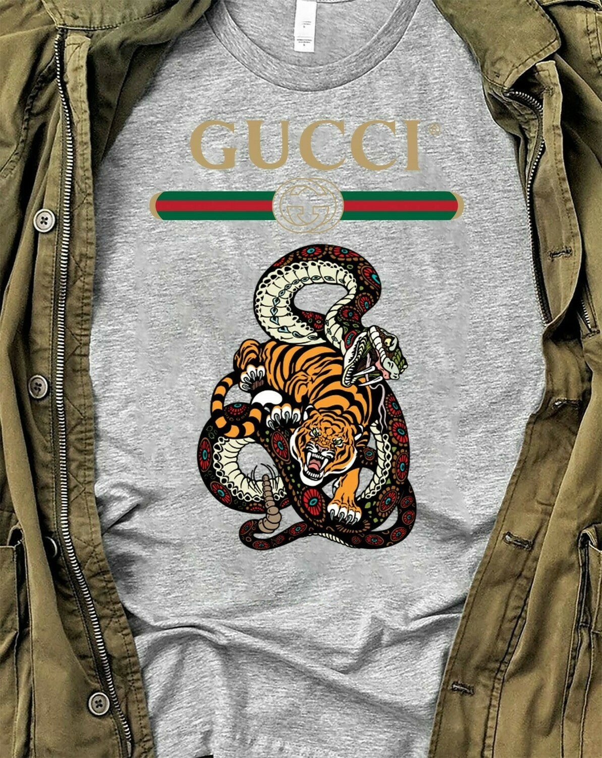 Snake Tiger Logo Gucci, Gucci Shirt, Gucci T-shirt, Gucci Logo, Gucci Fashion shirt, Fashion shirt, Gucci Design, Snake Gucci vintage shirt Long Sleeve Sweatshirt Hoodie Jolly Family Gifts