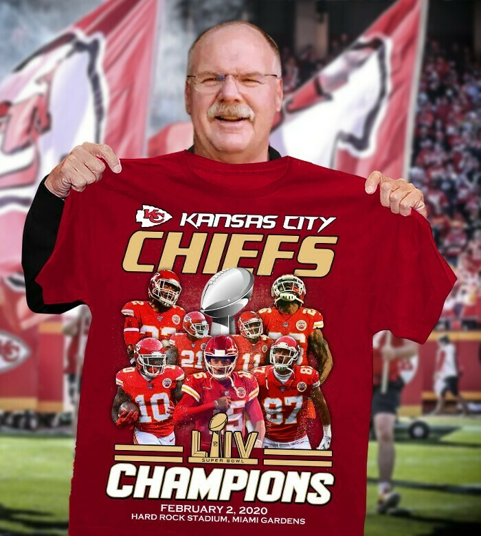 Kansas City Chiefs Super Bowl 54 2020 LIV Champions Mahomes NFL Football Team Dad Mon Kid Fan Gift T-Shirt Long Sleeve Sweatshirt Hoodie Jolly Family Gifts