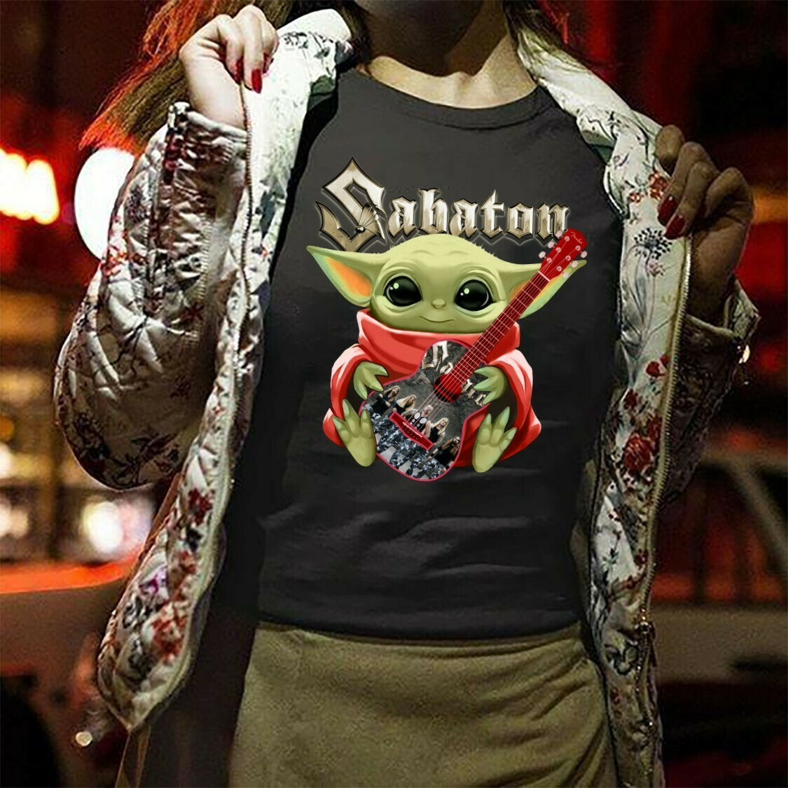 Star Wars Baby Yoda hug guitar Sabaton,The Child The Mandalorian Best Guitarist,Music Teacher Guitar Gift T-Shirt Long Sleeve Sweatshirt Hoodie Jolly Family Gifts