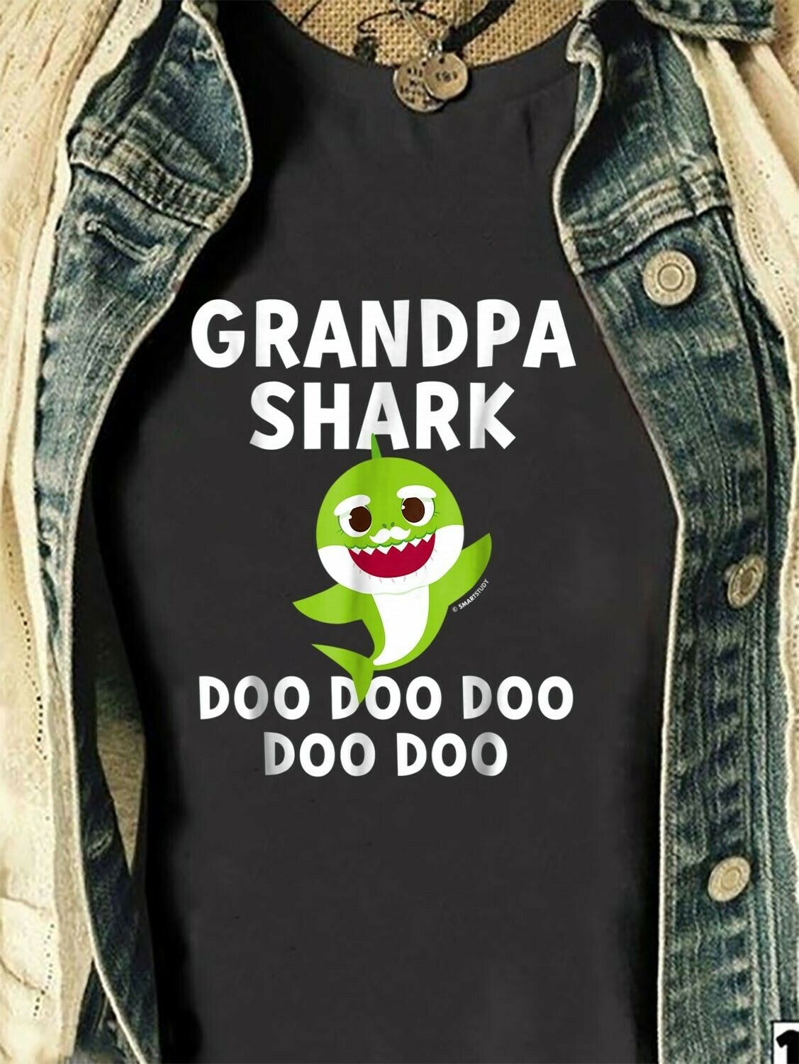 Grandpa Shark Pinkfong Toddler Baby Shark Doo Doo Doo Family Vacation Birthday Shark Mommy Daddy Grandma Sister Brother Shark s T-Shirt Sweatshirt Hoodie Long Sleeve Tee Kids Youth Gifts Jolly Family