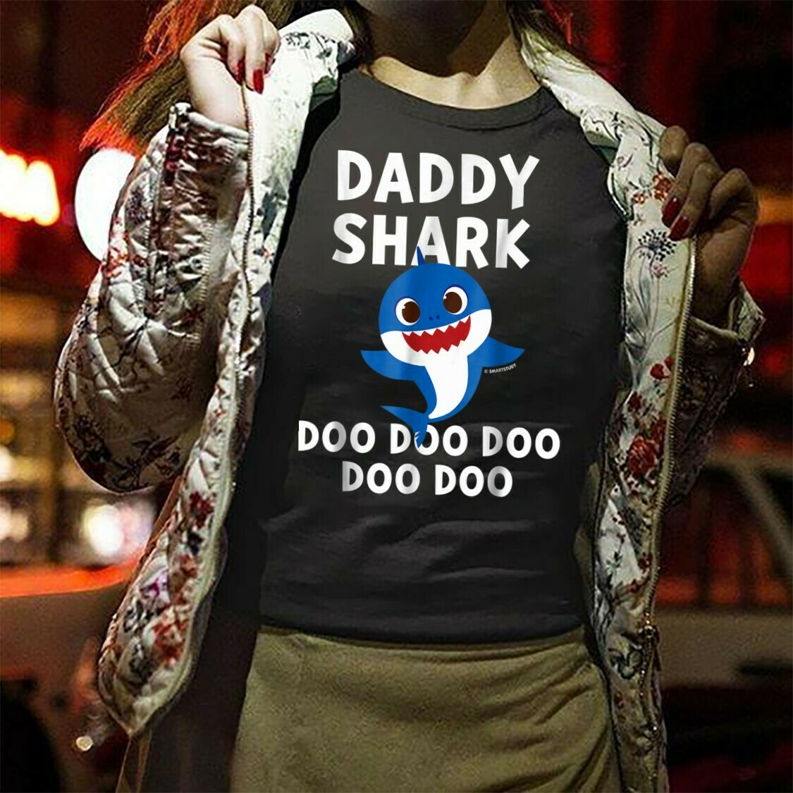 Daddy Shark Pinkfong Toddler Baby Shark Doo Doo Doo Family Vacation Birthday Shark Mommy Daddy Grandma Sister Brother Shark s T-Shirt Sweatshirt Hoodie Long Sleeve Tee Kids Youth Gifts Jolly Family